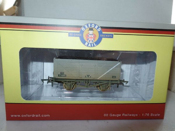 Oxford Rail OR76MW7015 MW7015 7 Plank Wagon BR British Railways Grey Weathered